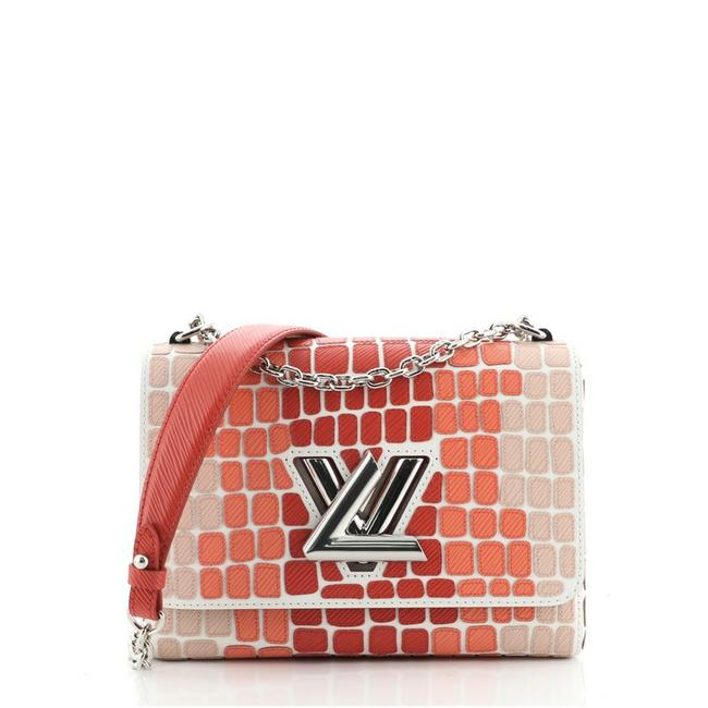 Item - Twist Handbag Patchwork Mm Red Leather Cross Body Bag