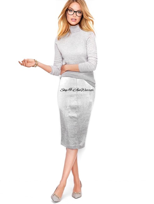 Item - Silver Collection Metallic Leather Pencil Skirt Size 6 (S, 28)
