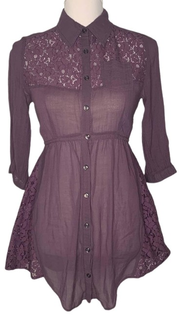 Item - Lace Back Drawstring Tunic Button-down Top Size 6 (S)