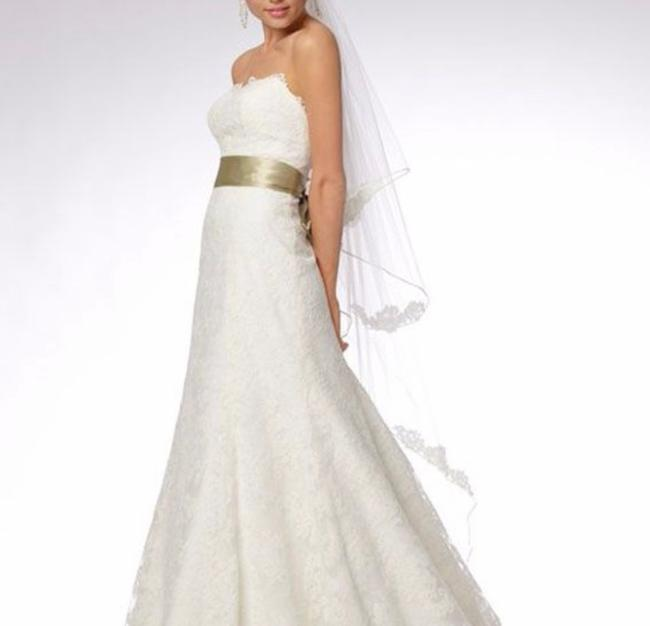 Item - Sweetheart Vintage Lace Sleeveless Designer A-line Fit Flare Long Bridal Formal Wedding Dress Size 8 (M)