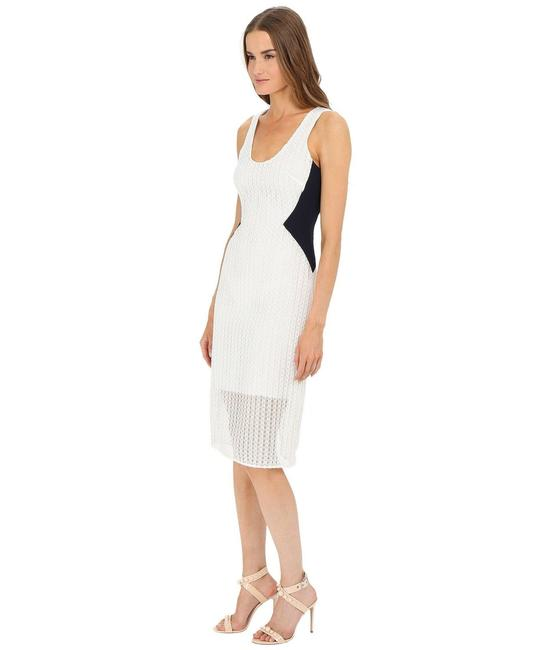 Item - White and Navy Lace Tank Sheath Mid-length Work/Office Dress Size 0 (XS)
