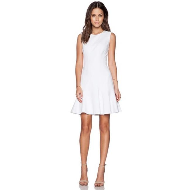 Item - White Knit Jaelyn Short Casual Dress Size 0 (XS)