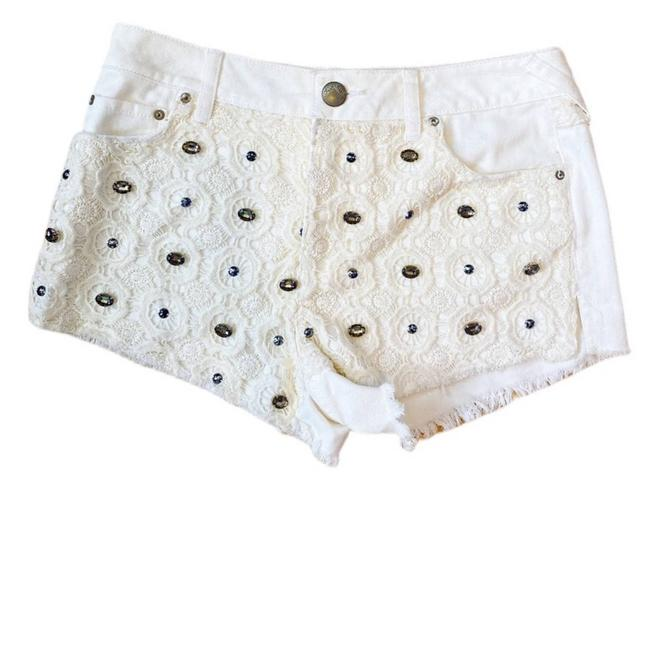 Item - White Lace Shorts Size 0 (XS, 25)
