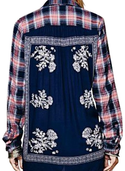 Item - Blue Behind The Flannel Button-down Top Size 2 (XS)