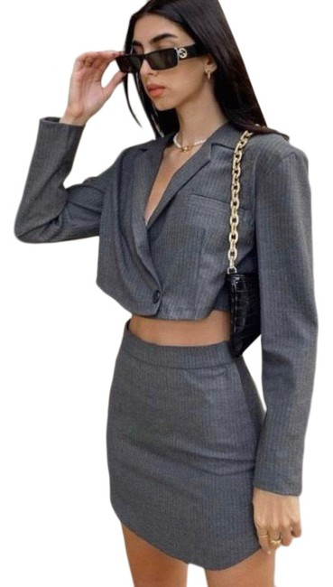 Item - Grey Cropped Blazer Top and Mini Skirt Short Casual Dress Size 2 (XS)