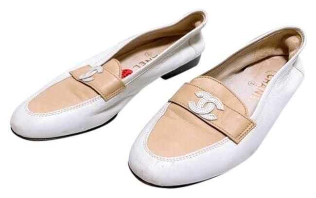 Item - White & Tan Loafers Flats Size US 6.5 Narrow (Aa, N)