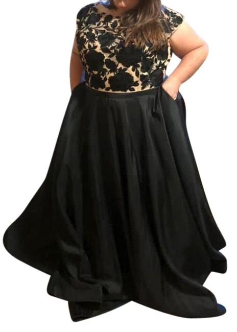 Item - Black and Tan Ball Gown Long Formal Dress Size 26 (Plus 3x)