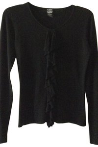 Finity Studio Ruffled Front Sweater