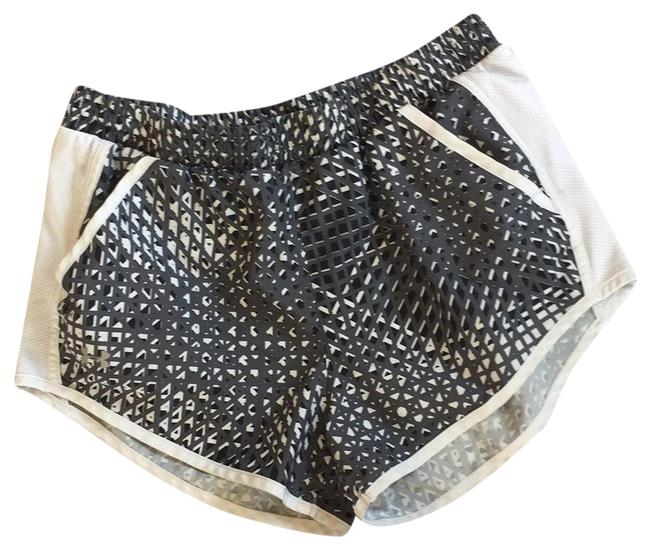Item - Black and Gray Activewear Bottoms Size 8 (M)