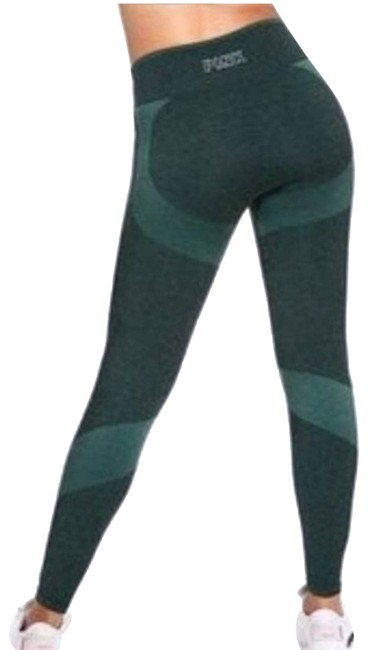 Item - Green Vs High Waist Full Length Tight. Activewear Bottoms Size 0 (XS, 25)