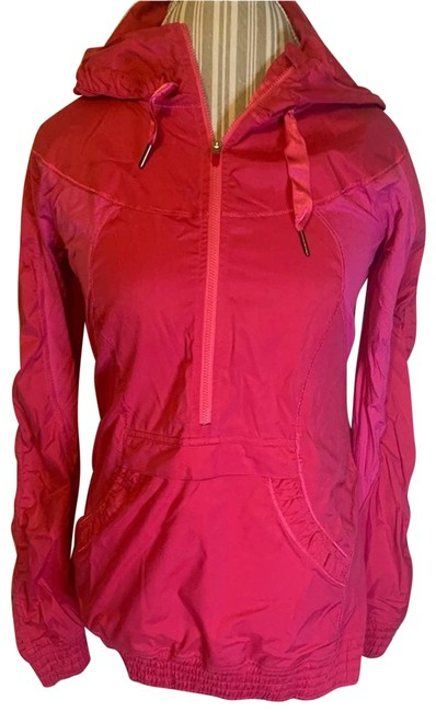 Item - Pink Leader Of The Pack Pullover Activewear Outerwear Size 6 (S)