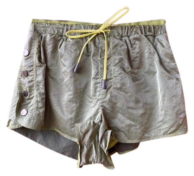 Item - Green Movement Opal Yoga Med Shorts Size 8 (M, 29, 30)