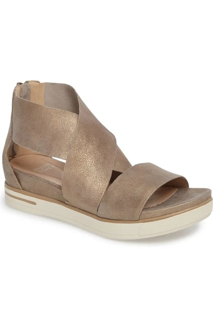 Item - Gold Sport Platform Sandals Size US 7 Regular (M, B)