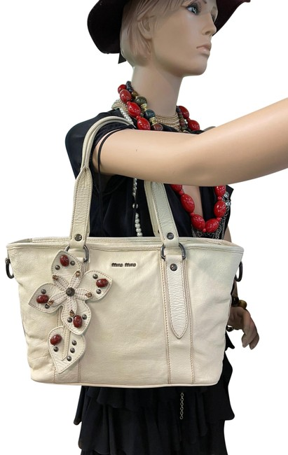 Item - With Bijou Cream Leather Tote