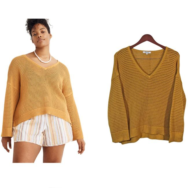 Item - Seville Size S Gold Sweater