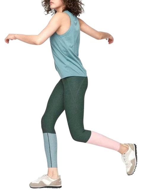 Item - Green & Pink Dipped Warmup Activewear Bottoms Size 8 (M)