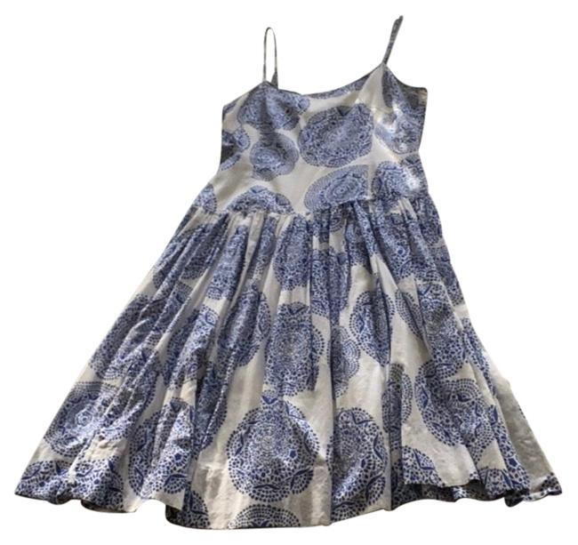Item - Blue White and Out Of The Ordinary Print Mid-length Short Casual Dress Size 6 (S)
