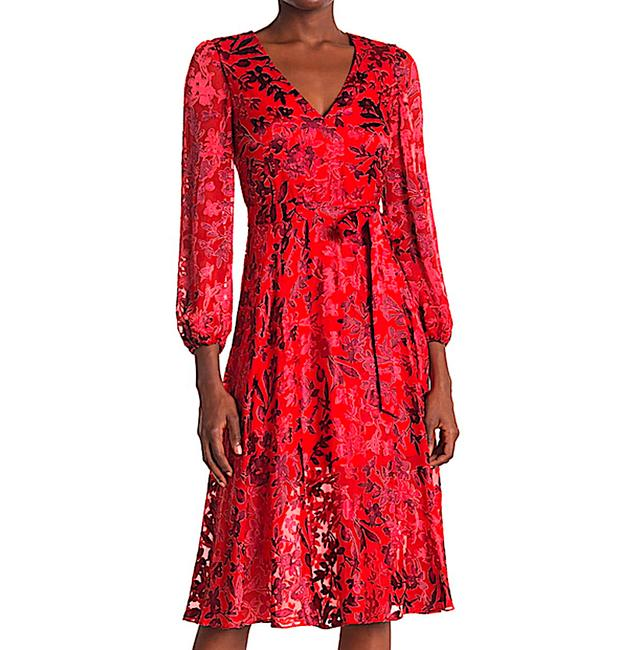 Item - Red with Tag Coco Plunging V-neck Mid-length Cocktail Dress Size 12 (L)
