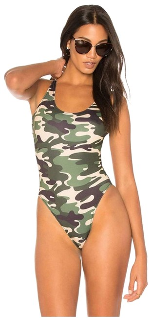 Item - Green Revolve Low Back Camo One-piece Bathing Suit Size 4 (S)