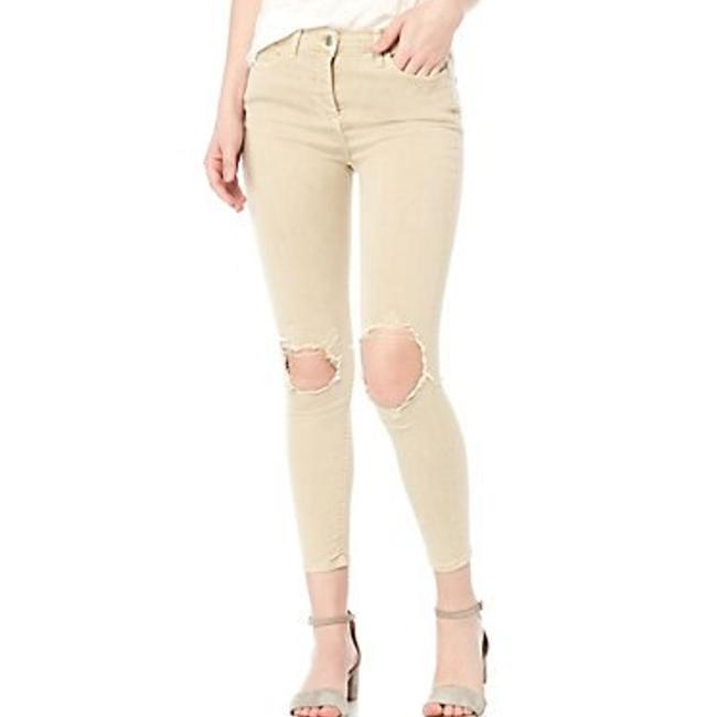 Item - Cream Distressed Busted Knee Hi-rise Capri/Cropped Jeans Size 30 (6, M)