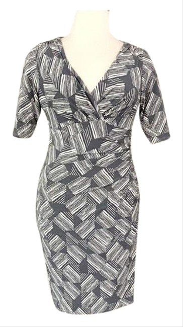 Item - Gray Pattern Ruched Mid-length Work/Office Dress Size 12 (L)