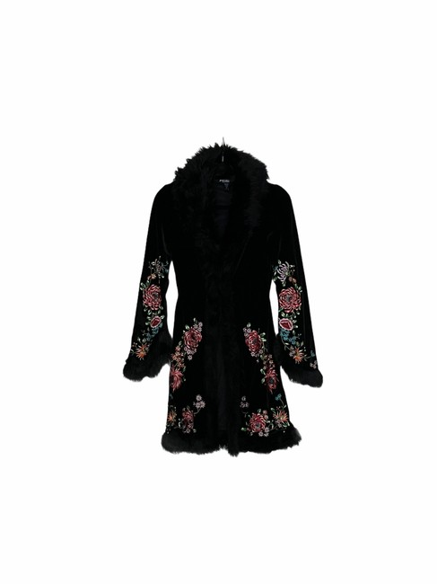 Item - Black/Floral Mix Embroidered Coat Size 2 (XS)