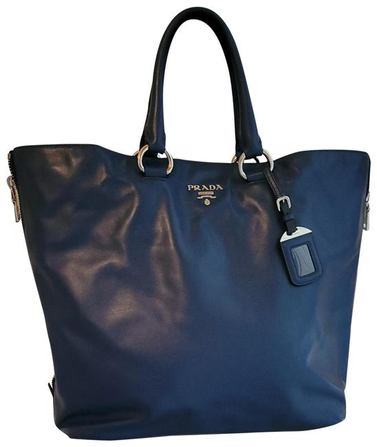 Item - Navy Blue Lambskin Leather Tote