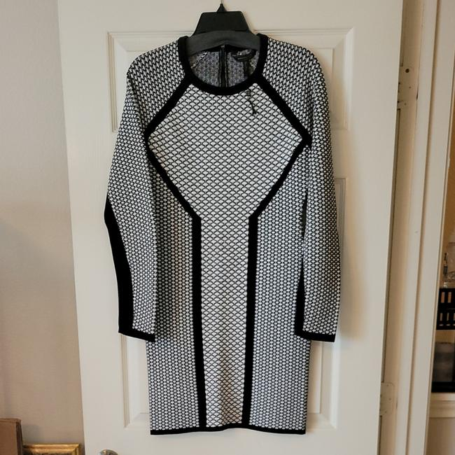 Item - Black and White Scuba Short Night Out Dress Size 12 (L)