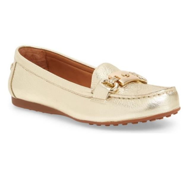 Item - Gold New Driving Leather Loafer | Flats Size US 6 Regular (M, B)