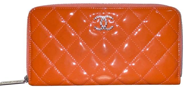 Item - Orange Patent Quilted Brilliant Zip Around Wallet