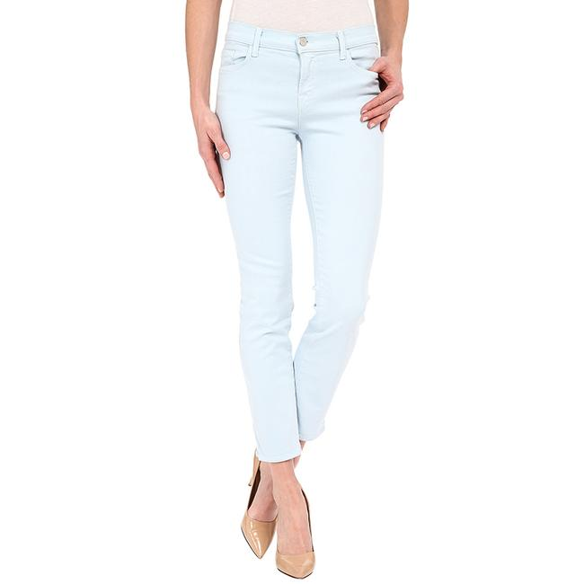 Item - Blue Light Wash Cropped / Skinny Jeans Size 25 (2, XS)