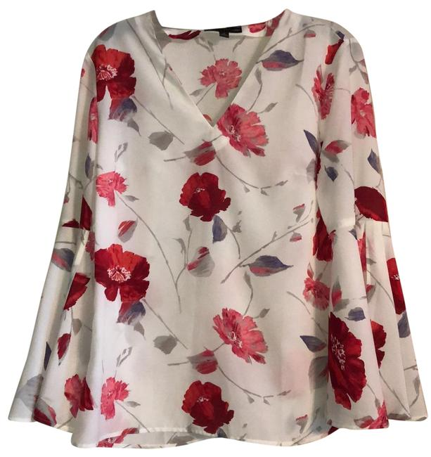 Item - White Bell Sleeve Flowered Print Blouse Size 6 (S)