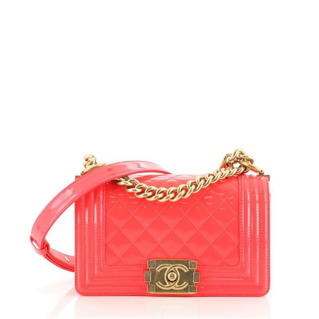 Item - Classic Flap Boy Quilted Small Pink Patent Leather Cross Body Bag