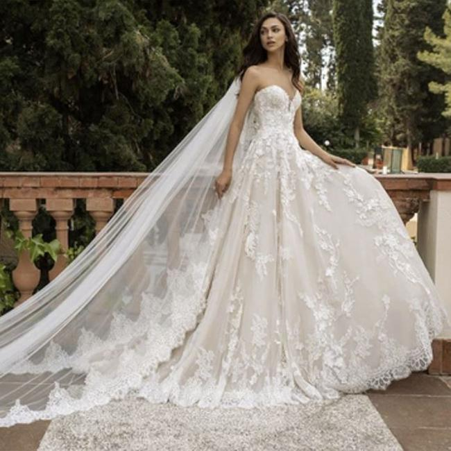 Item - Off White White Lace Tulle Elcira Formal Wedding Dress Size 8 (M)