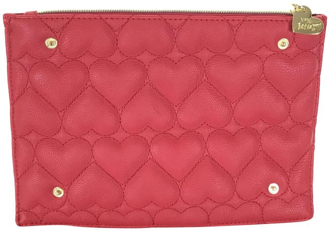 Item - Quilted Heart Red Polyurethane Clutch