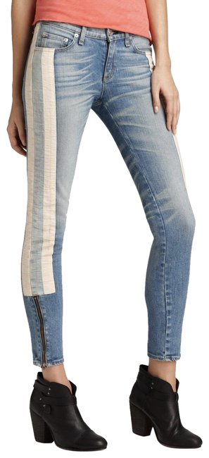 Item - Blue Light Wash The Racer Relay Skinny Jeans Size 27 (4, S)