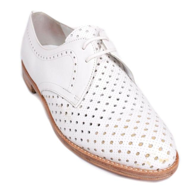 Item - White Women's Cutout Oxford Loafers Leather - Flats Size EU 37 (Approx. US 7) Regular (M, B)