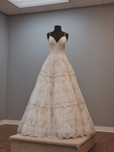 Allure Bridals Champagne/Ivory Lace/Tulle/Chiffon 9400 Formal Wedding Dress Size 12 (L)