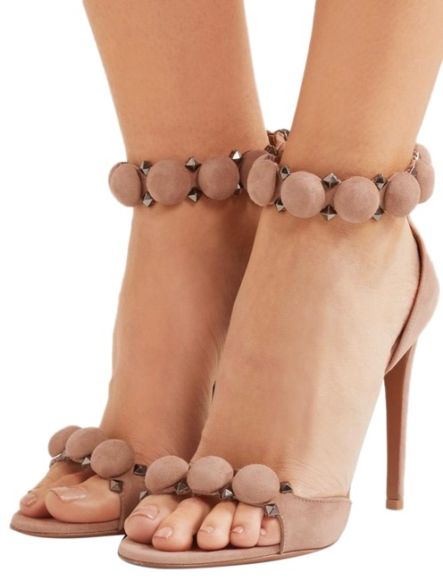 Item - Neutral Bombe 110 Studded Suede Pumps Size EU 39 (Approx. US 9) Regular (M, B)