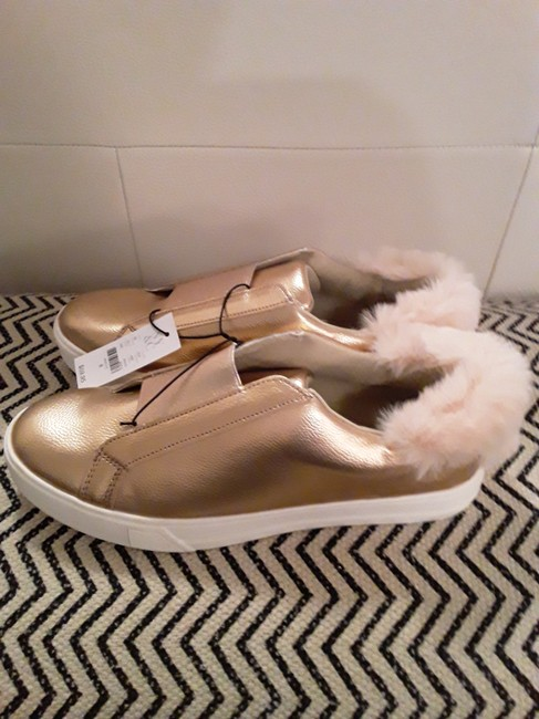 New York & Company Rose Gold Shimmer and Fur Sneakers Size US 8 Regular (M, B) New York & Company Rose Gold Shimmer and Fur Sneakers Size US 8 Regular (M, B) Image 3