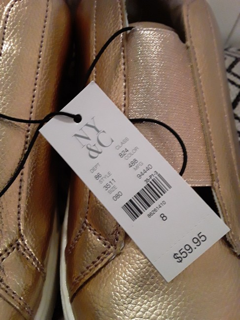 New York & Company Rose Gold Shimmer and Fur Sneakers Size US 8 Regular (M, B) New York & Company Rose Gold Shimmer and Fur Sneakers Size US 8 Regular (M, B) Image 4