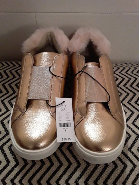 New York & Company Rose Gold Shimmer and Fur Sneakers Size US 8 Regular (M, B) New York & Company Rose Gold Shimmer and Fur Sneakers Size US 8 Regular (M, B) Image 8
