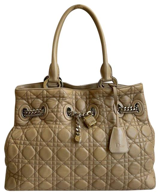 Item - Bag Quilted Cannage Chri Chri 02-bo-0120 Beige Lambskin Leather Tote