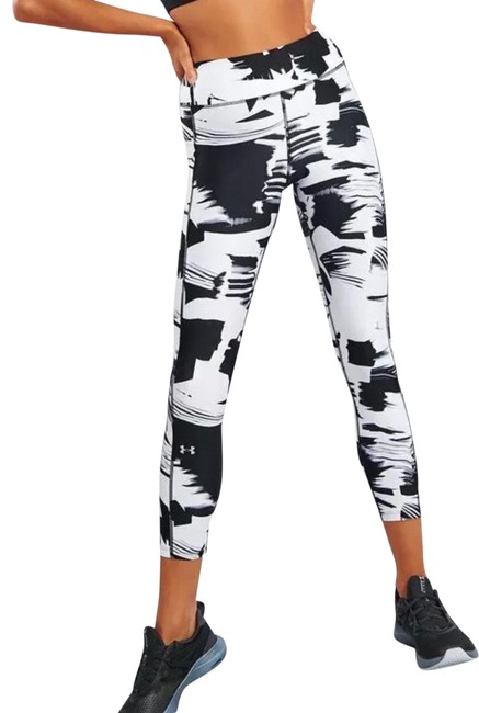 Item - Black Heatgear Printed Ankle Activewear Bottoms Size 0 (XS)