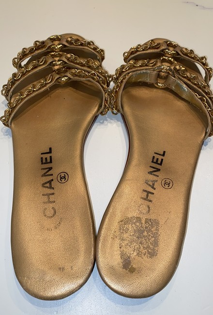 Chanel Gold Leather Sandals Size EU 35.5 (Approx. US 5.5) Narrow (Aa, N) Chanel Gold Leather Sandals Size EU 35.5 (Approx. US 5.5) Narrow (Aa, N) Image 3