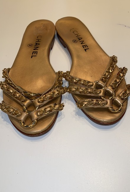 Chanel Gold Leather Sandals Size EU 35.5 (Approx. US 5.5) Narrow (Aa, N) Chanel Gold Leather Sandals Size EU 35.5 (Approx. US 5.5) Narrow (Aa, N) Image 6