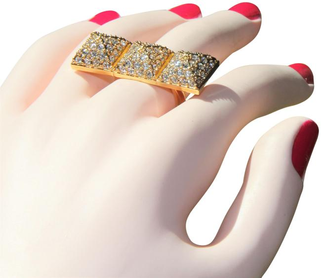 Item - Gold Triple Pyramid Knuckle Ring