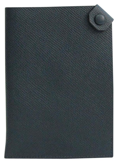 Item - Navy Tarmac Pm Leather Passport Cover Wallet