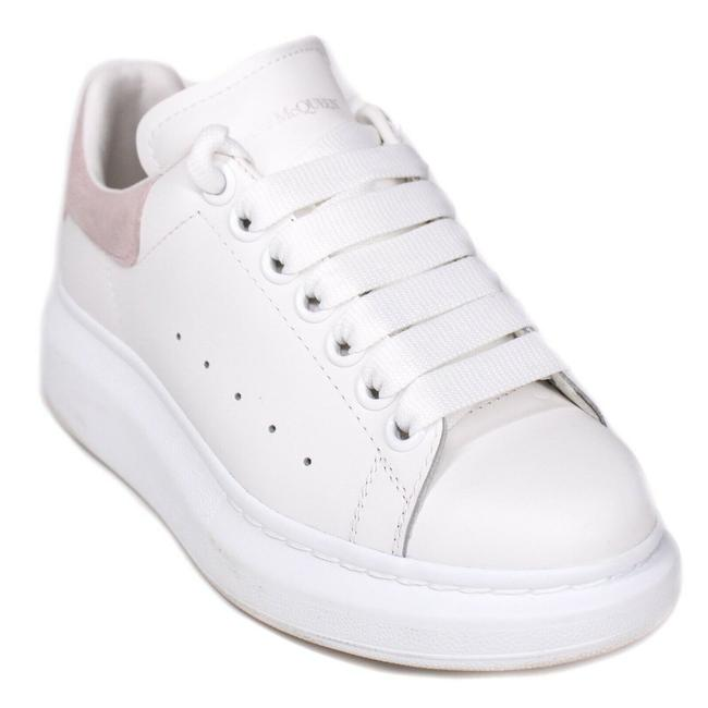 Item - White - Pink Women's Chunky Blush Logo Sneakers Size EU 34.5 (Approx. US 4.5) Regular (M, B)