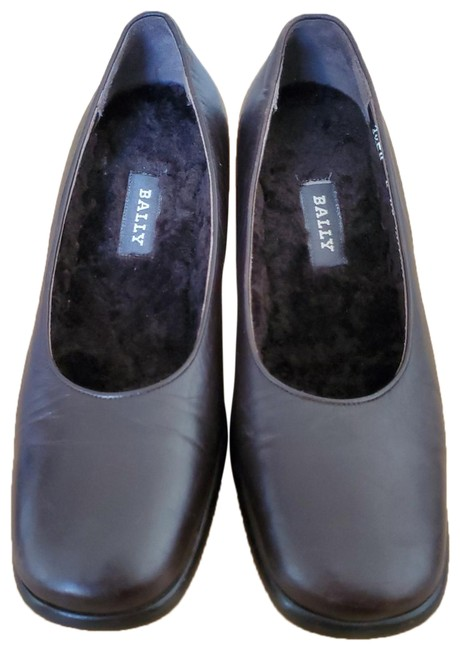 Item - Brown Guaviare Pumps Size US 6 Regular (M, B)